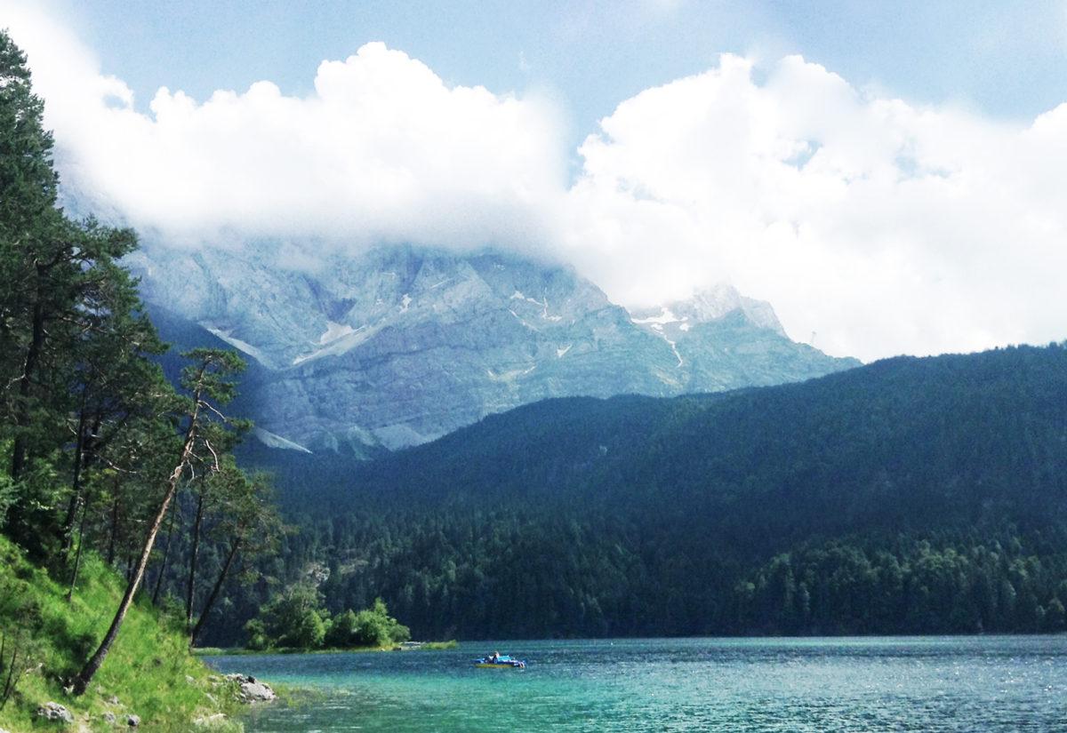 Ausflugstipp ab München: Kinderwagenwanderung mit Bademöglichkeit um den Eibsee